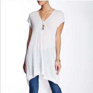 Free People Take It Easy White V-Neck Tunic ❣️